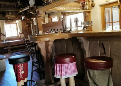 Bar in der Lederhosn Alm